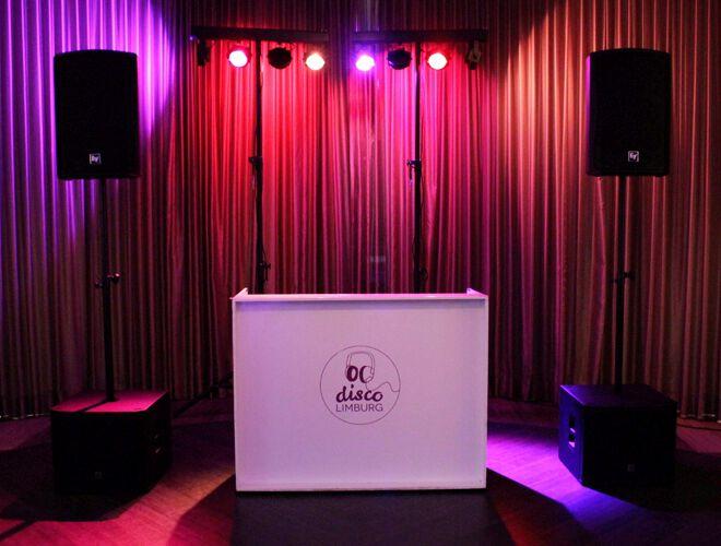 complete drive in-show Disco Limburg